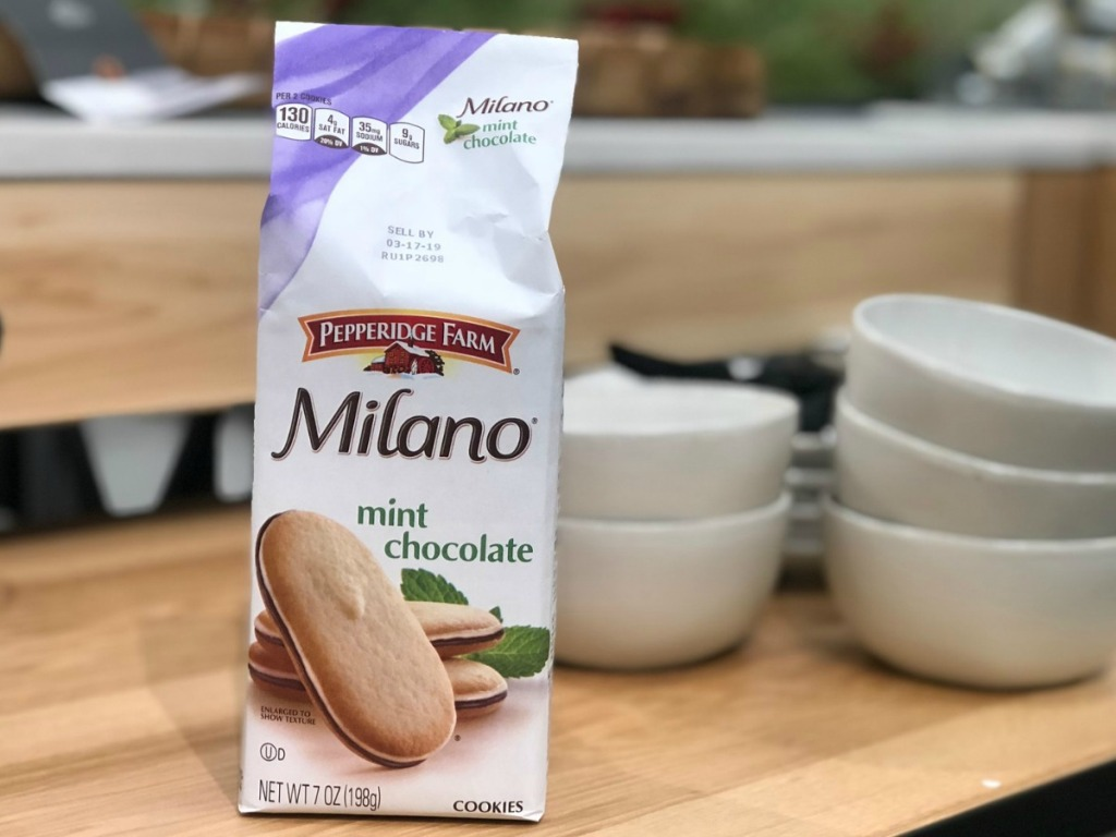 Mint flavored Milano cookies at store near bowls