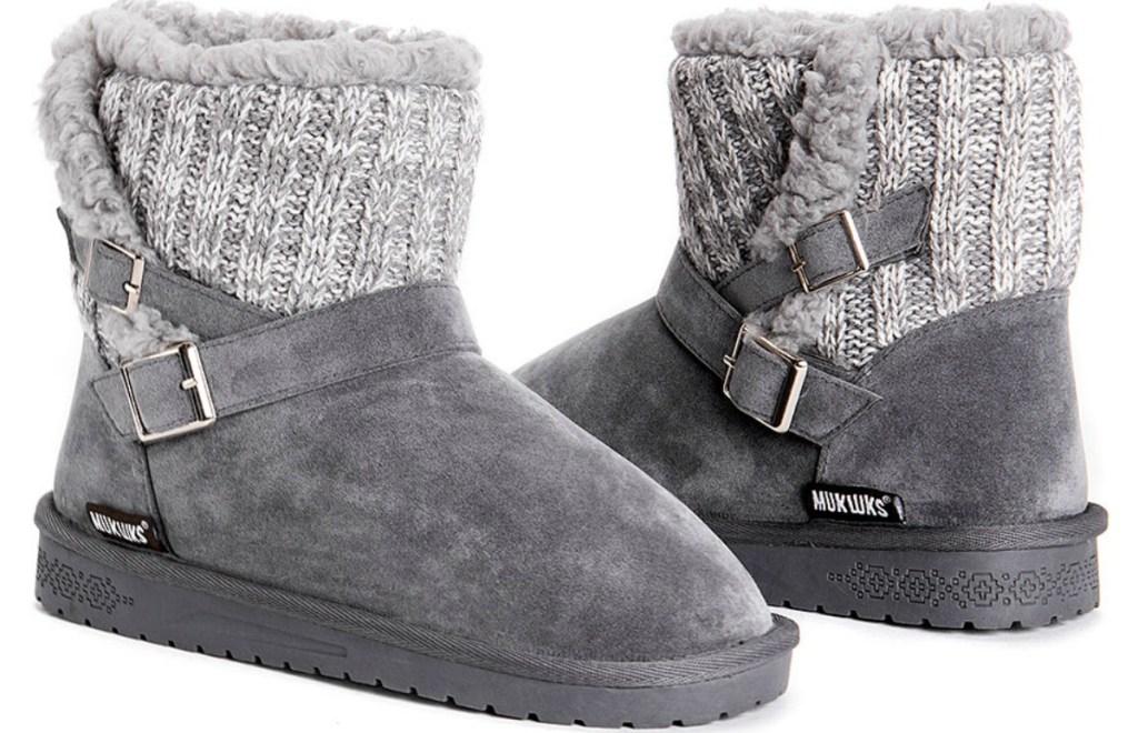 Women's boots in gray