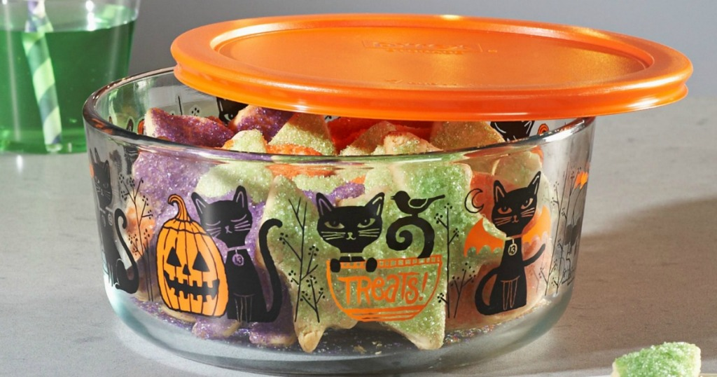 Pyrex halloween container with cats