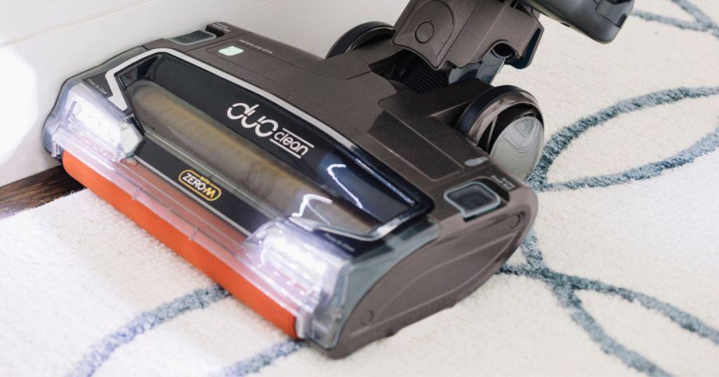 Shark APEX DuoClean with Zero-M Self-Cleaning Brushroll Powered Lift-Away Upright Vacuum
