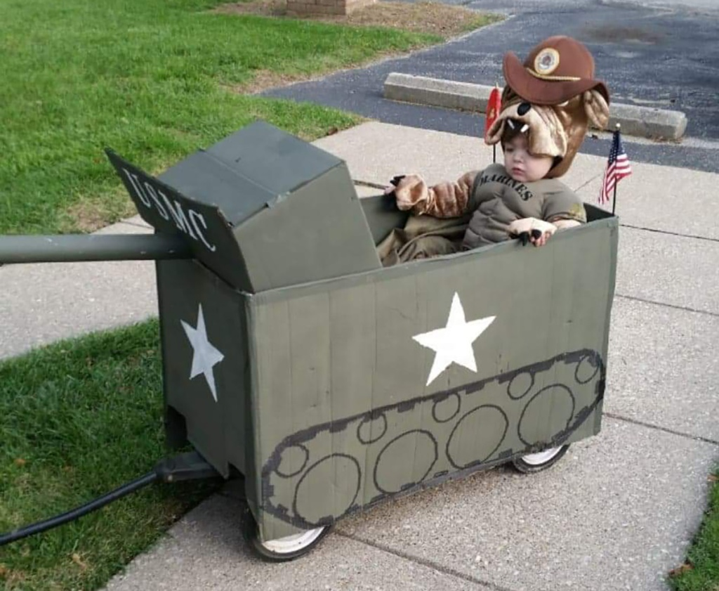 Army Halloween wagon