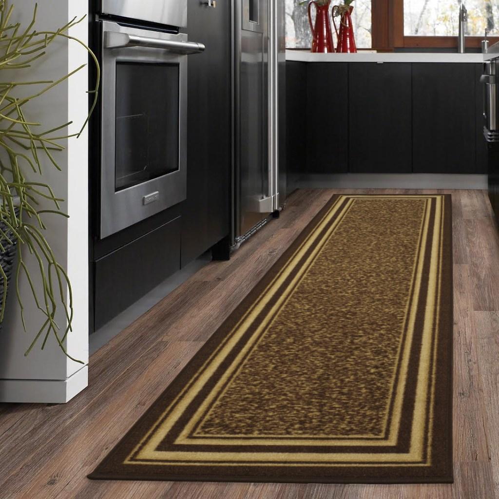 border runner rug in kitchen
