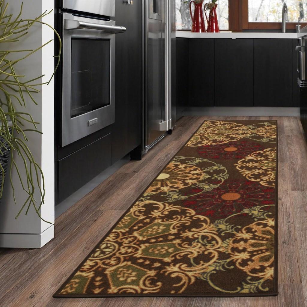 damask runner rug