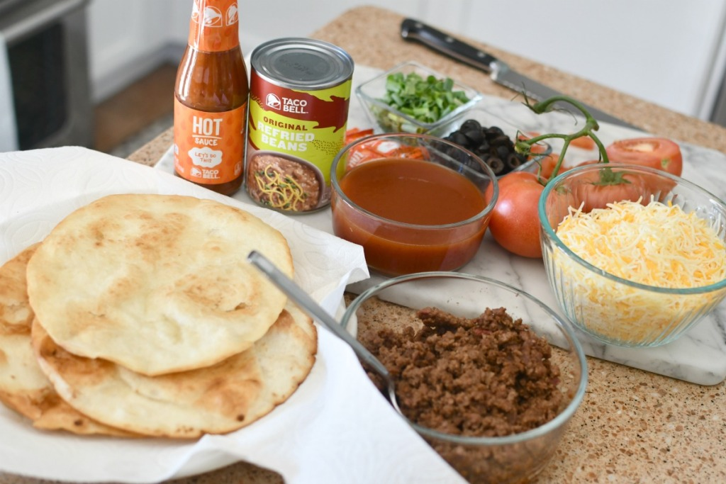 ingredients to make copycat taco bell mexican pizzas