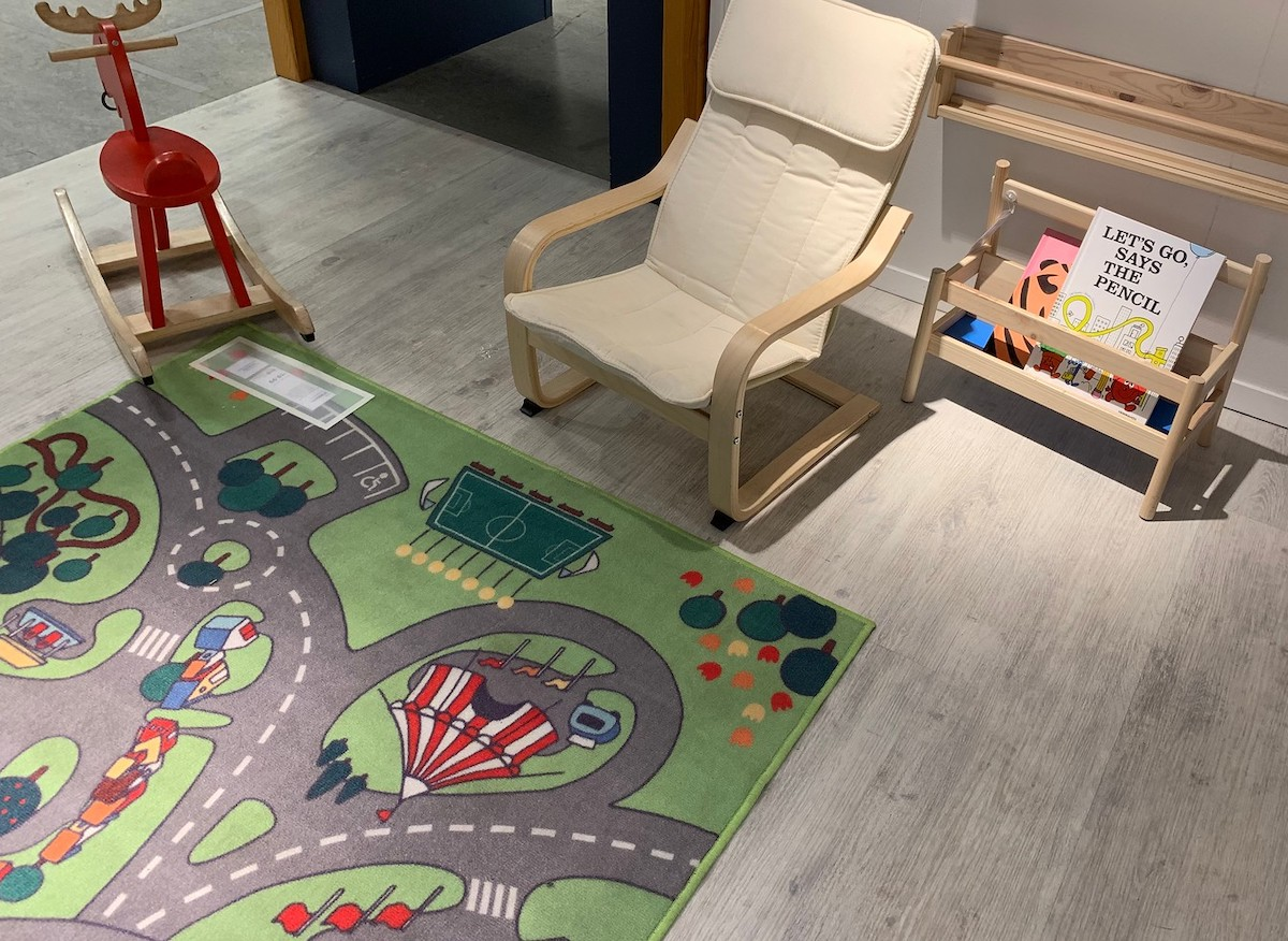 Image of: The 11 Best Ikea Area Rugs Black And White Jute Cowhide Kids