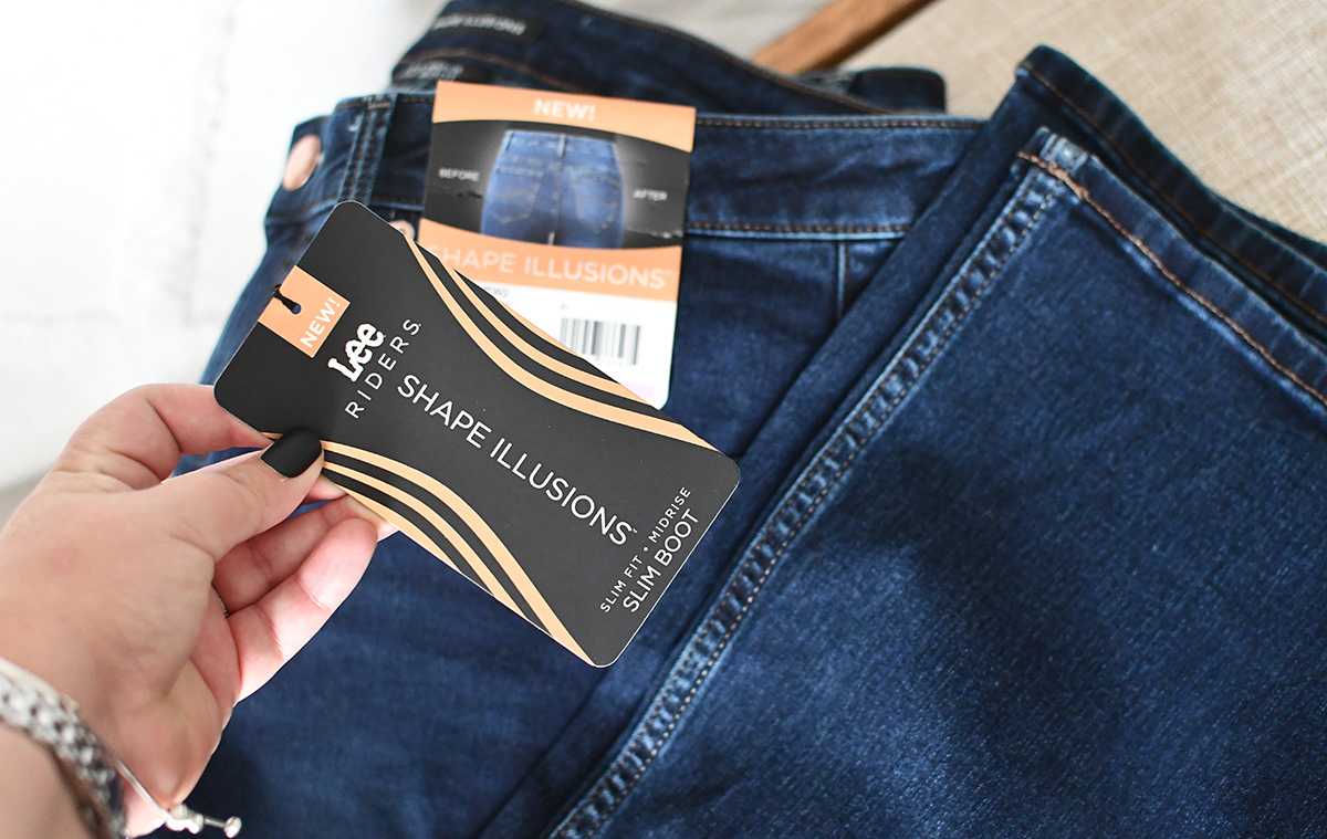 Close up of Lee Rider jeans with Shape Illusions tag