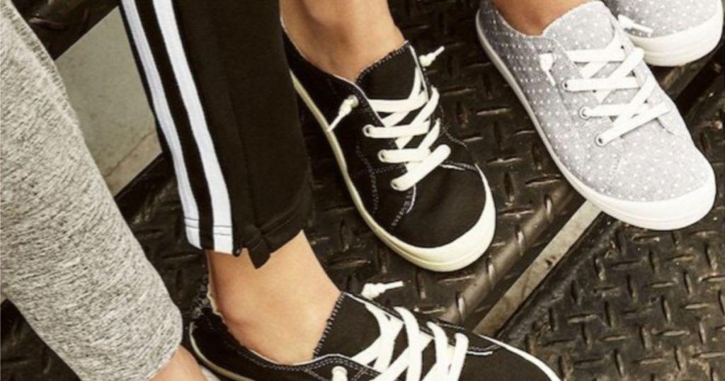 madden NYC Brennen Women's Sneakers