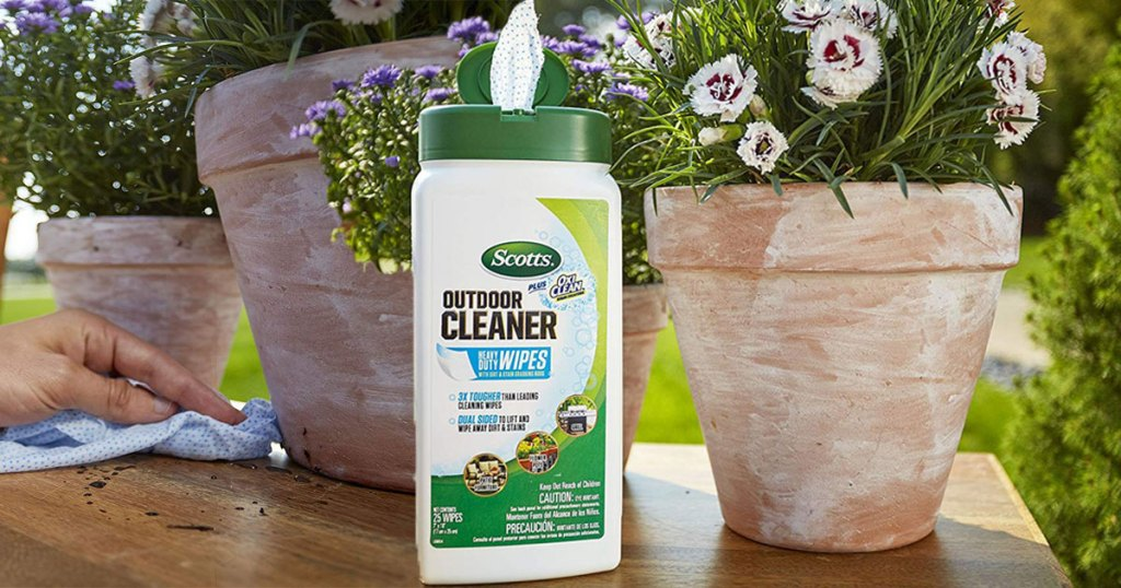 scotts outdoor cleaner wipes on back patio