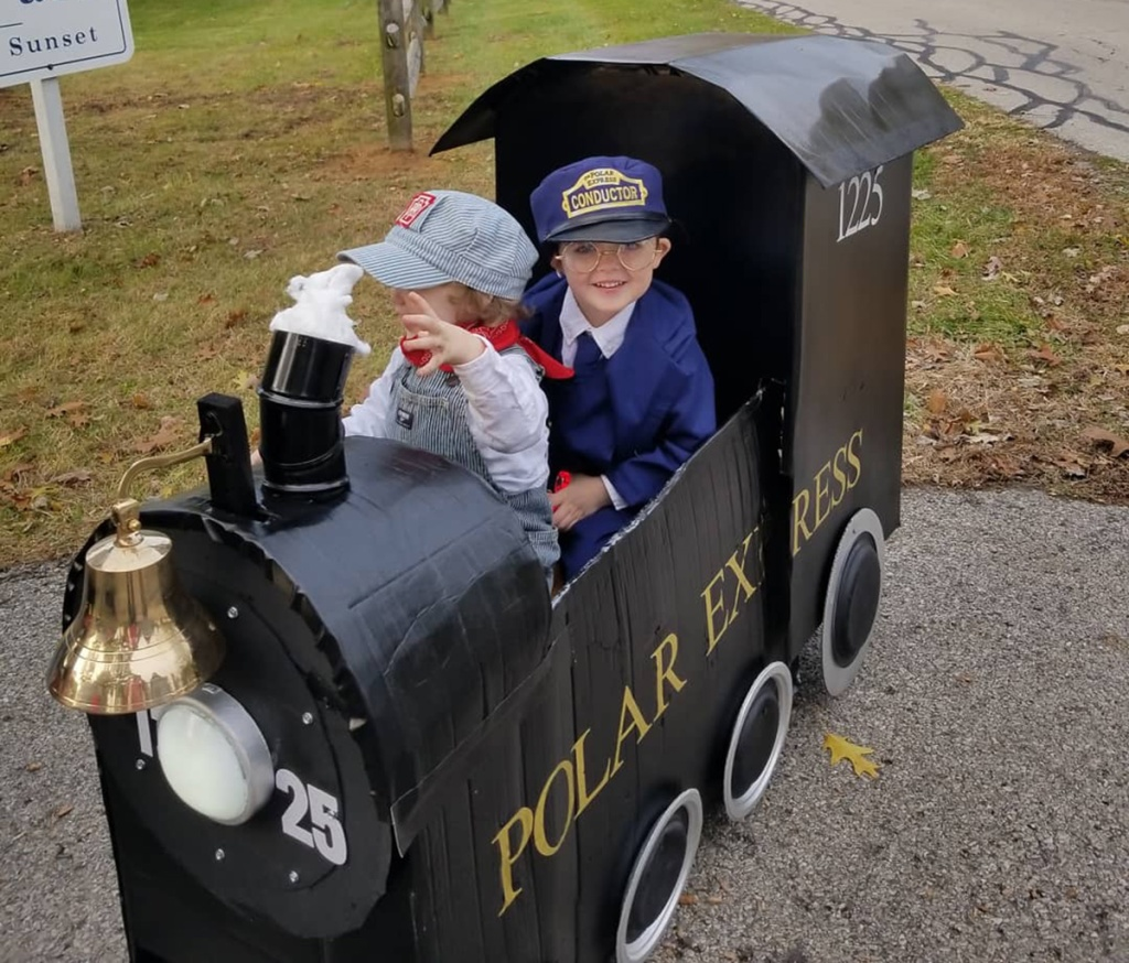 Polar Express DIY Halloween wagon