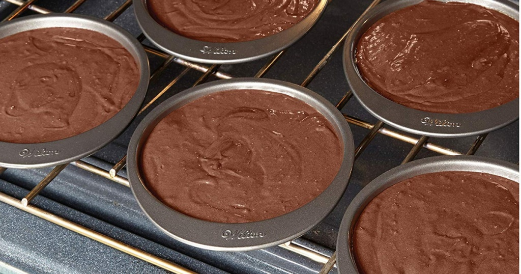 wilton pans baking chocolate cakes in oven