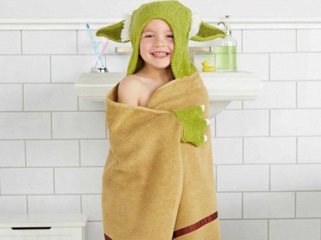 Kids Yoda Bath Wrap at Kohl's