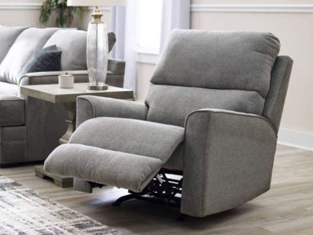 Broyhill recliner