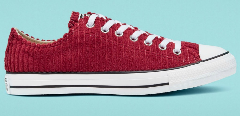 Women's Converse shoe in red