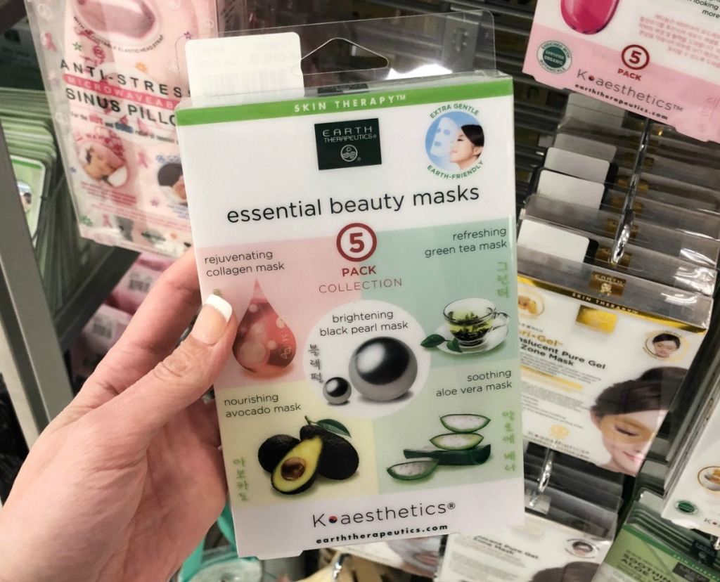 Earth Therapeutics Beauty Mask 5-pack in hand in Kohl's