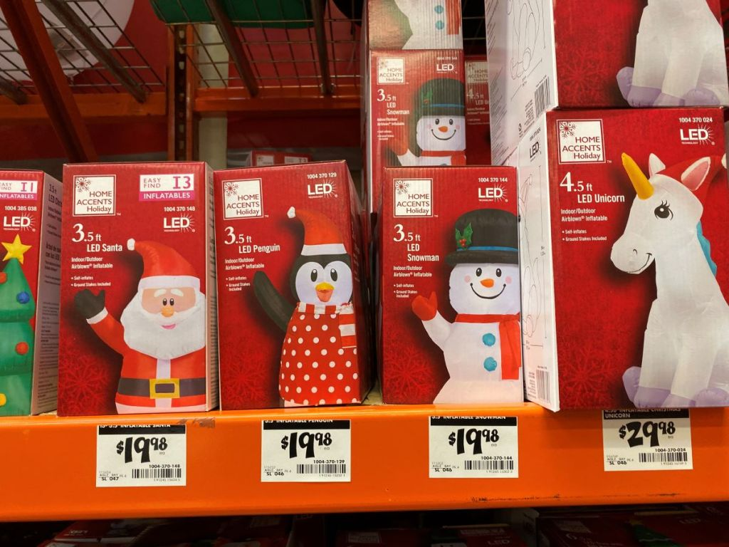 Home Accents Holiday Inflatables di rak