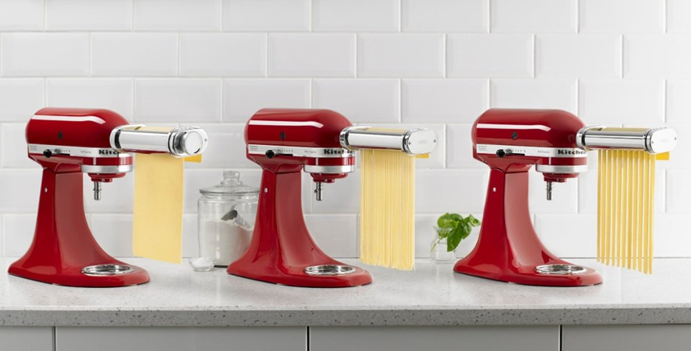 KitchenAid Pasta Cutters cutting pasta