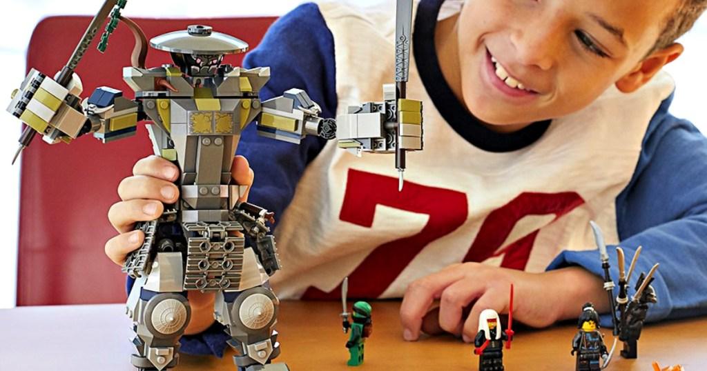 LEGO NINJAGO Masters of Spinjitzu: Oni Titan 522-Piece Building Kit