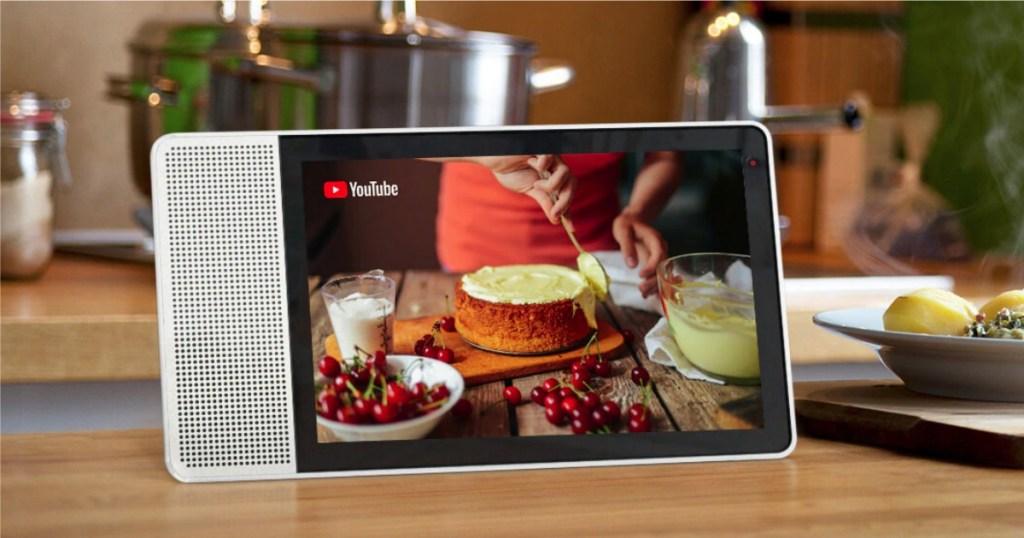 Lenovo Smart Display showing youtube recipe video