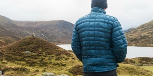 Extra 25% Off Men's & Women's Apparel at REI Outlet | Marmot, The North Face, & More