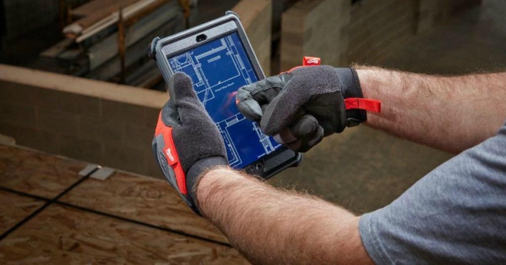 Milwaukee Demolition Glove