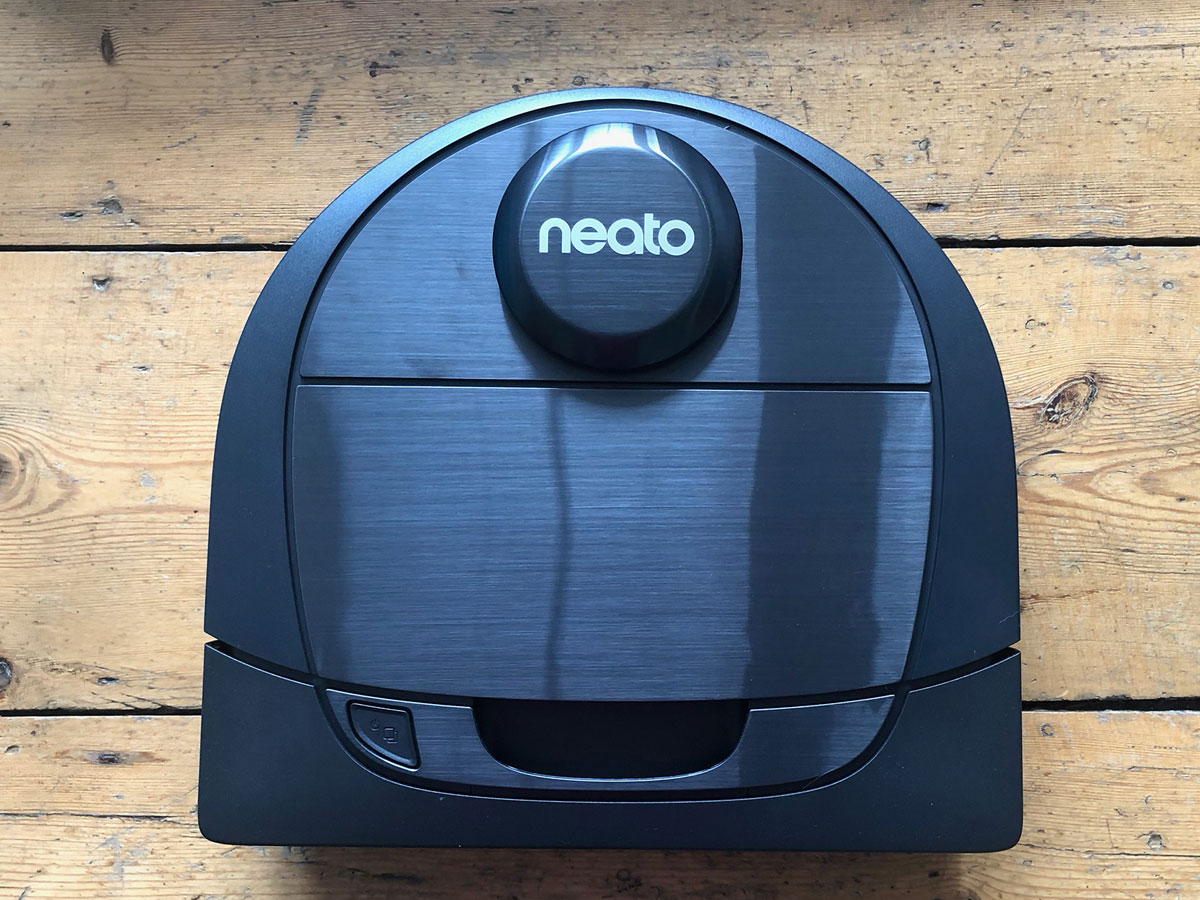 Neato Botvac D6 Connected App-Controlled Robot Vacuum