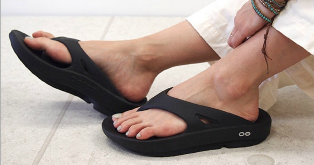 Oofos Thong Recovery Sandals