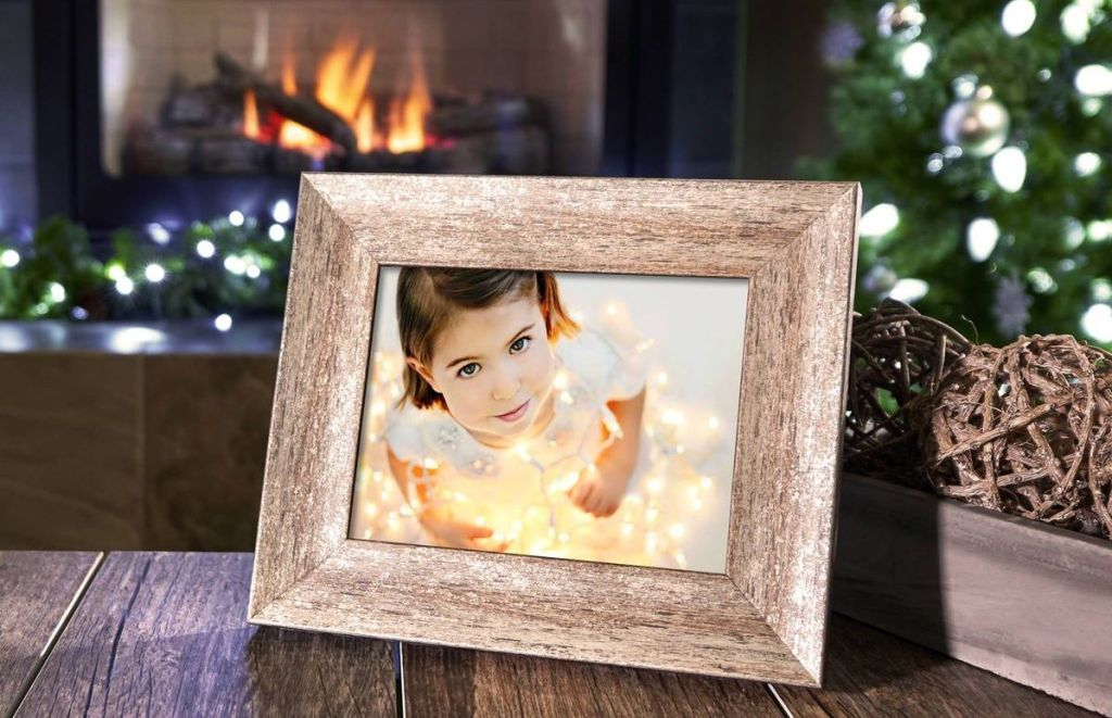 Polaroid Frame with picture of little girl