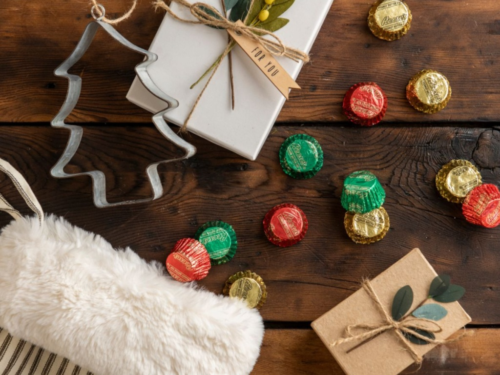 reeses-holiday-miniatures