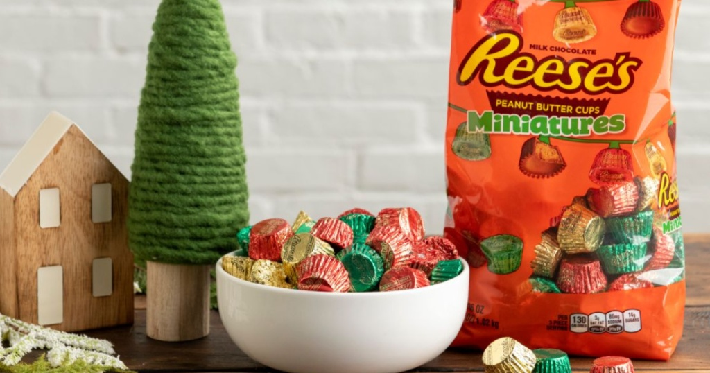 reeses-miniatures-holiday