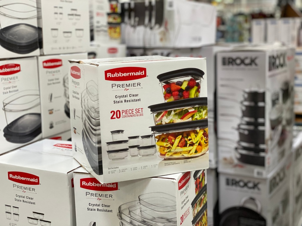 Rubbermaid Storage Set