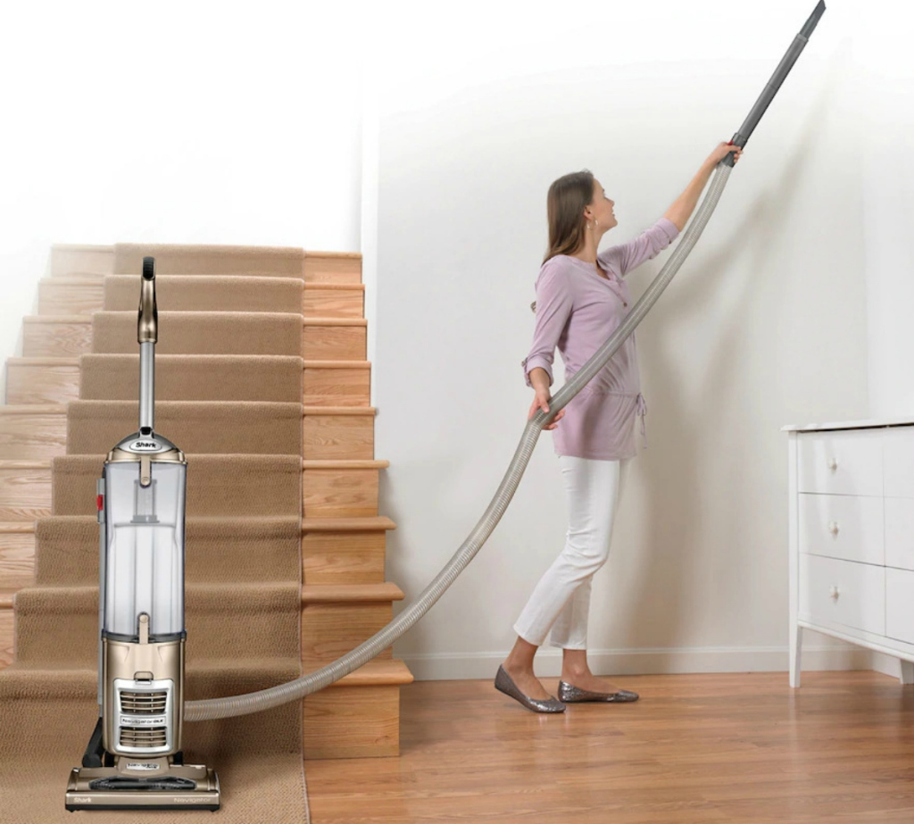 Shark-Navigator-DLX-Upright-Vacuum-NV70