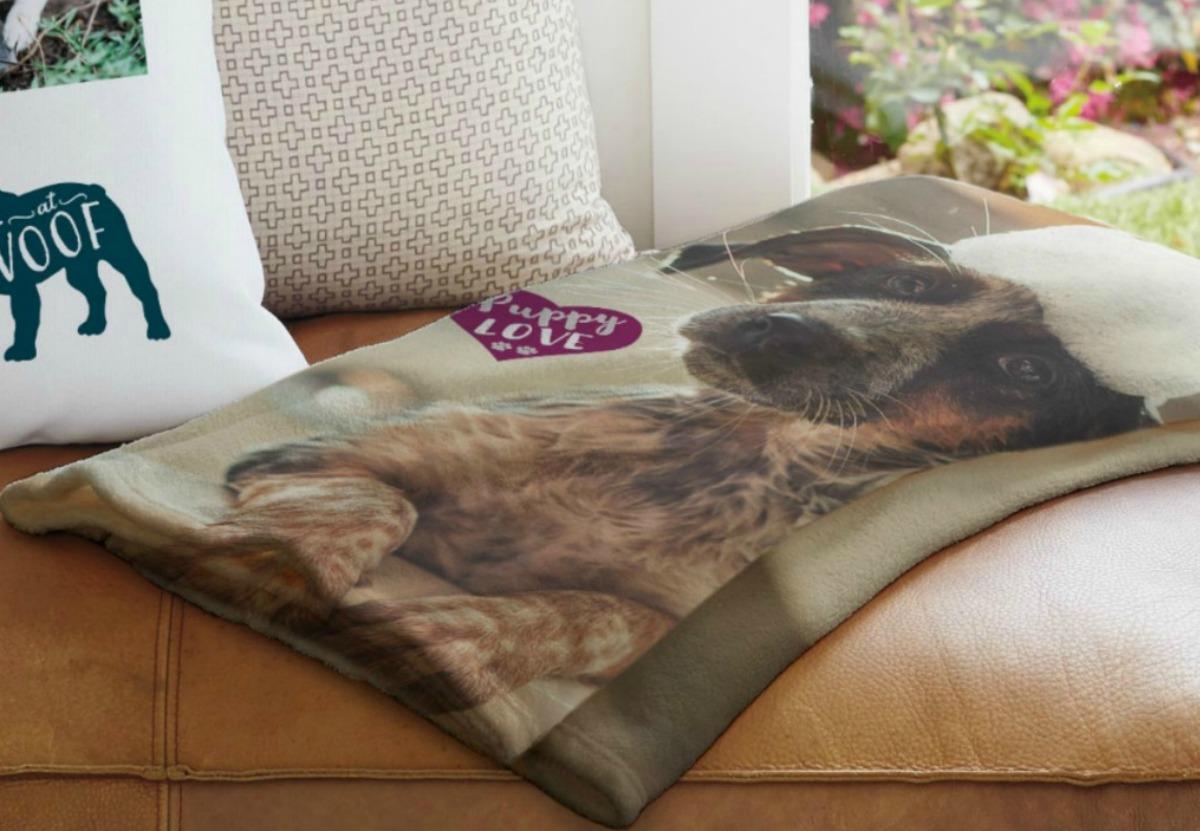 Snapfish Arctic Fleece Blanket with picture of dog on it