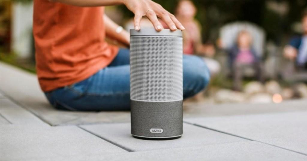 vizio-smartcast-crave-360-wireless-speaker-for-streaming-music-1-pack