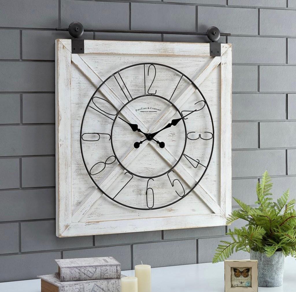 barn door clock