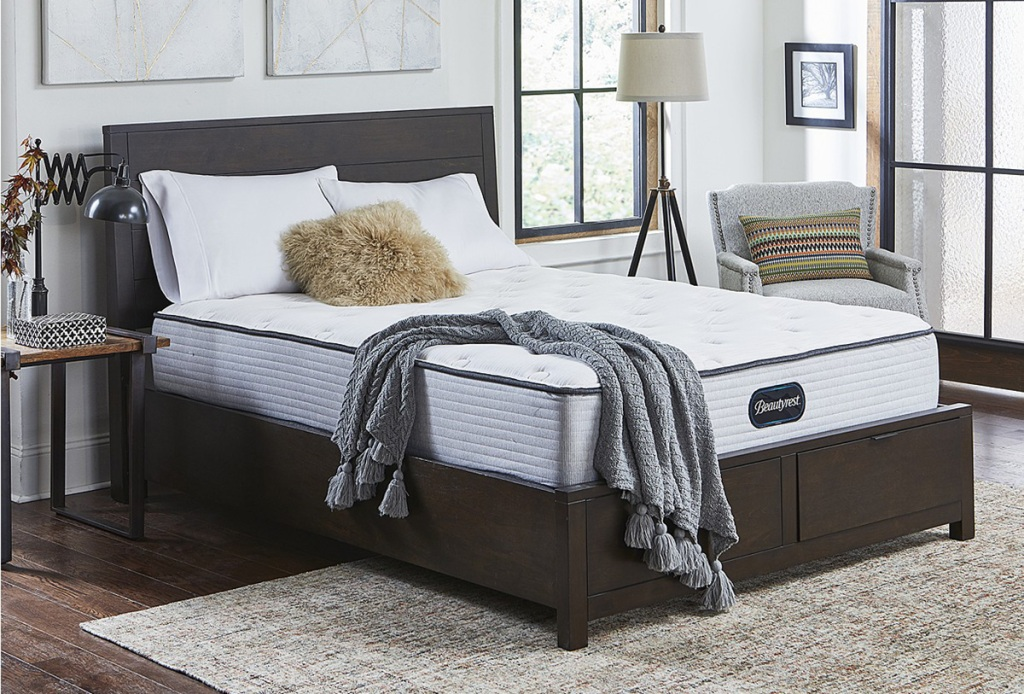 bed with beautyrest mattress