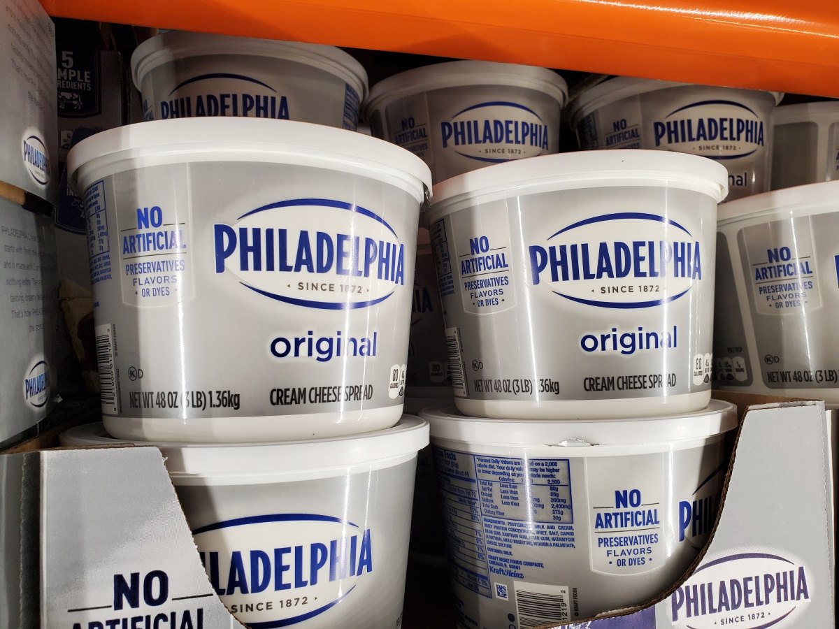 Philadelphia Cream Cheese tubs in Costco display