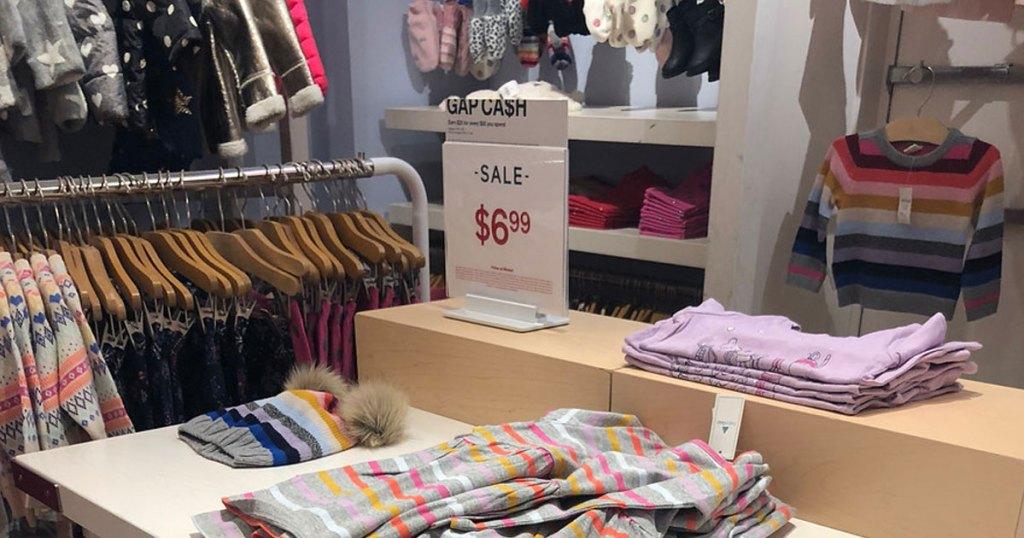 gap clearance sale table