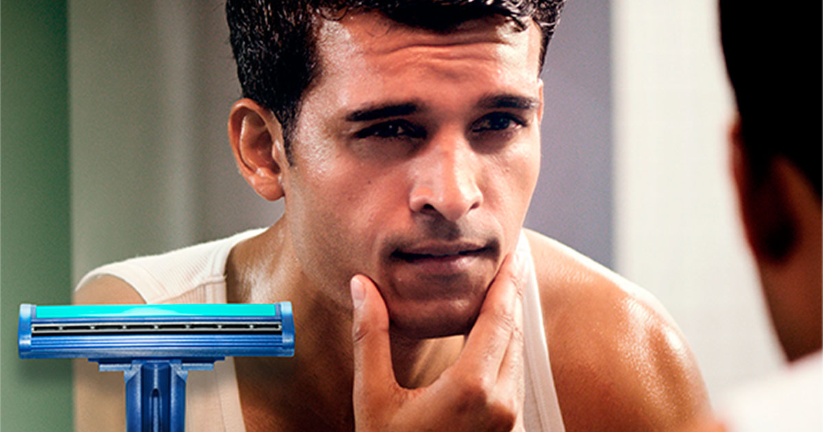 Gillette Sensor2 Plus Men's 30-Count Pivot Disposable Razors