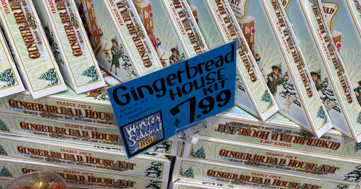 Trader Joe's price tag gor Gingerbread Houses