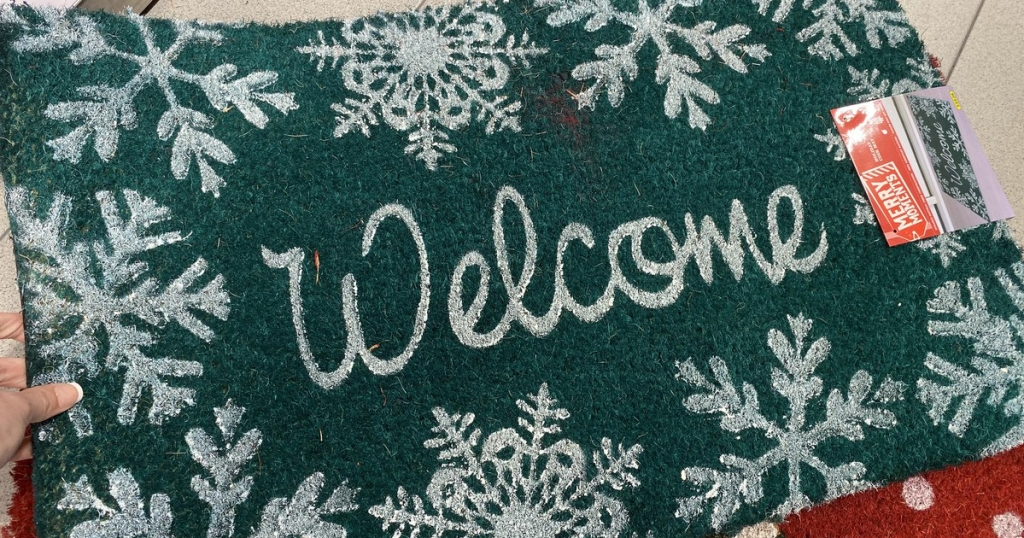 Green coir welcome mat with snowflakes