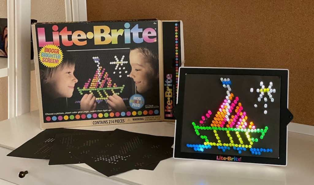 lite brite toy with sailboat lights