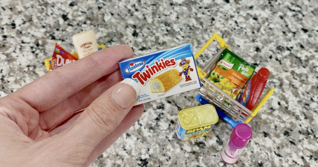 Twinkie box from Mini Brands capsule