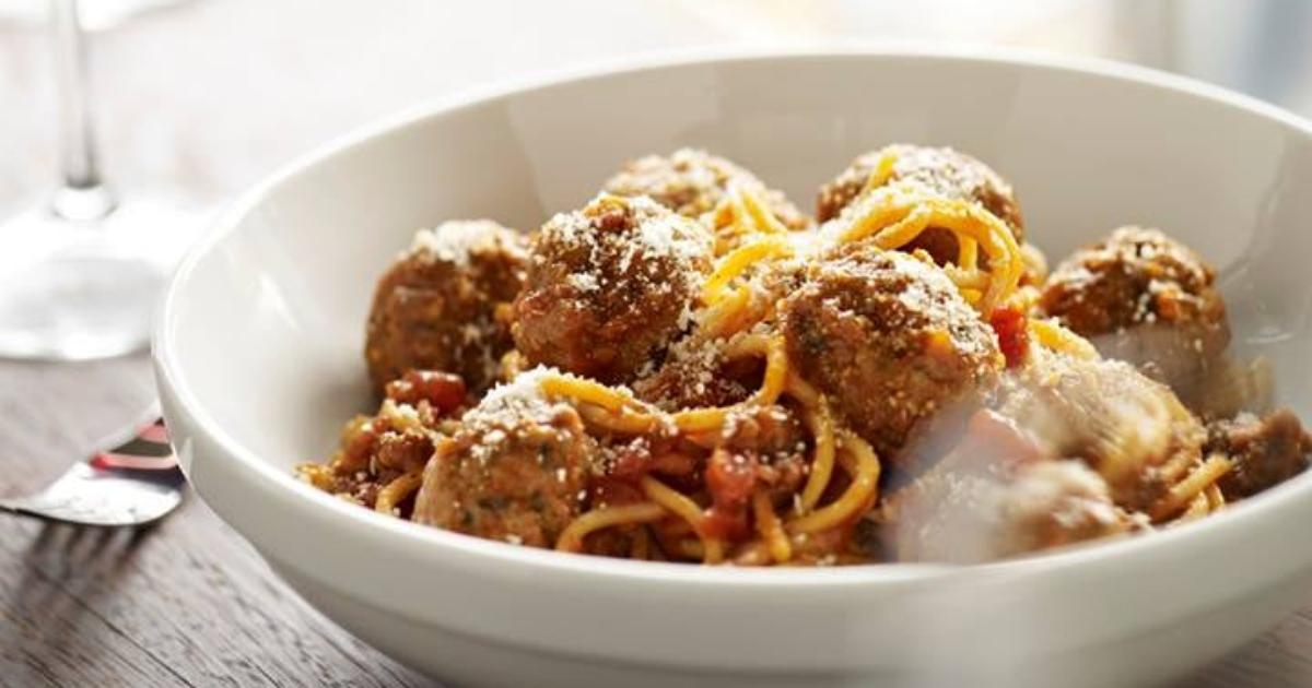 Mom's Ricotta Meatballs + Spaghetti at Romano's Macaroni Grill