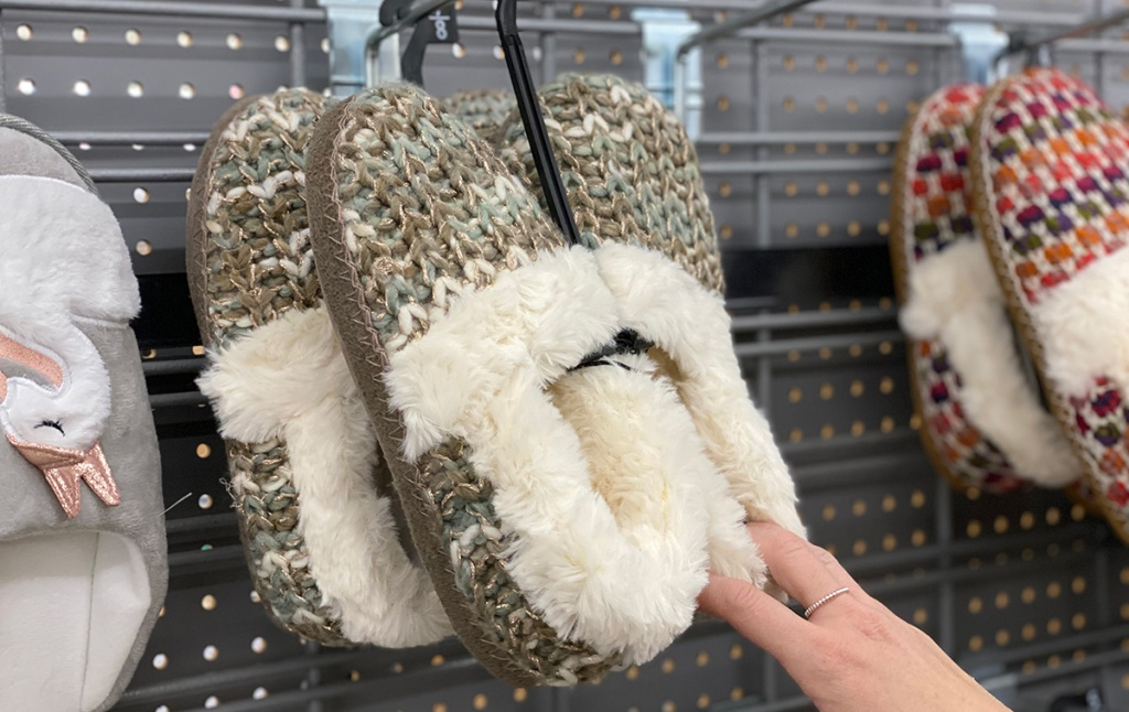 Knitted faux fur lines slippers from Walmart