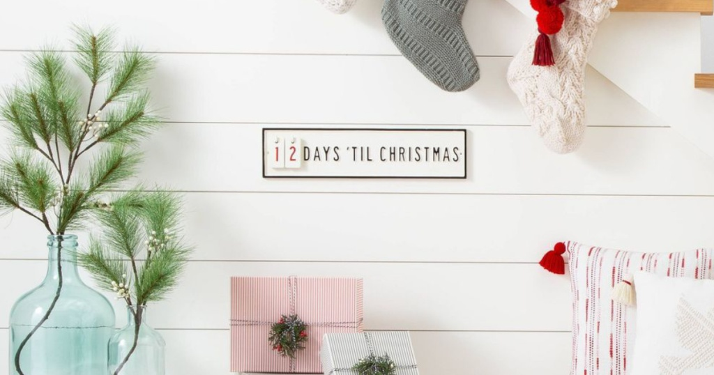Hearth & Hand with Magnolia Christmas Countdown Sign