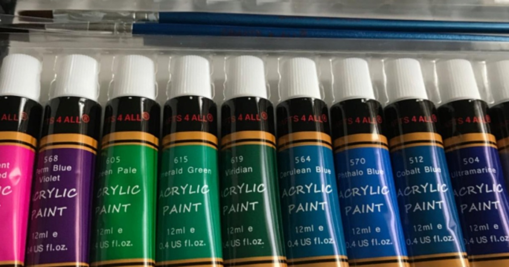 acrylic paint set colors with paint brushes