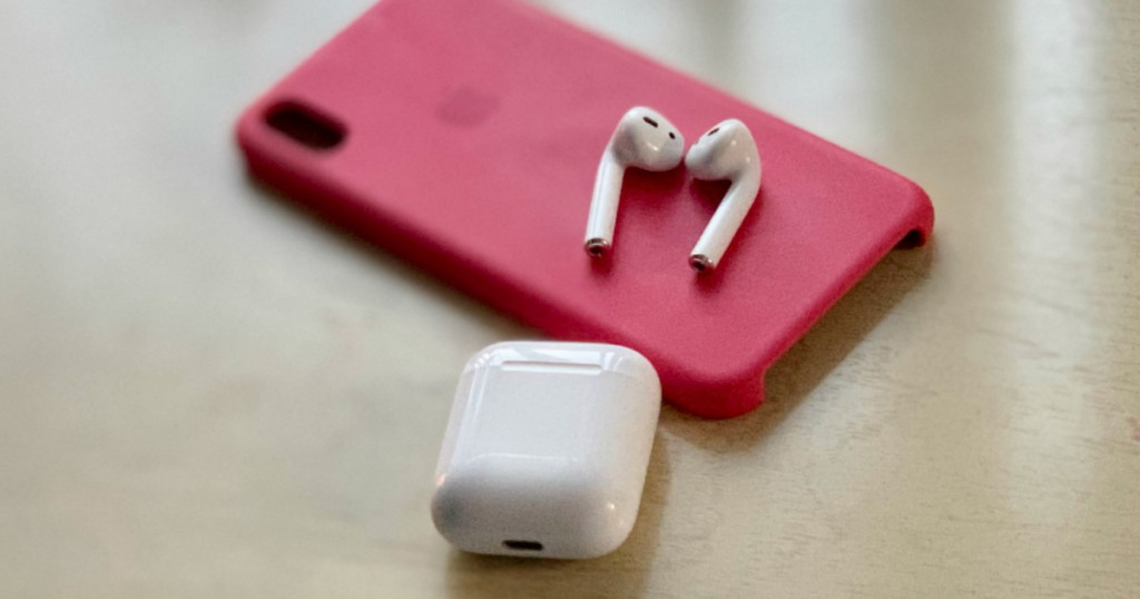 Apple-Airpods-on-iPhone