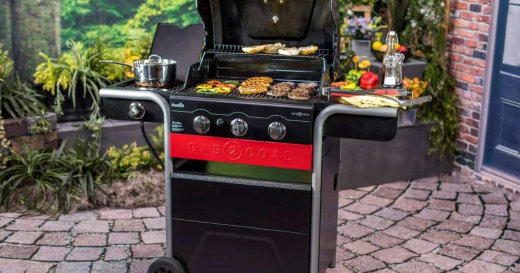 Char-Broil Gas2Coal Gas and Charcoal Combo Grill