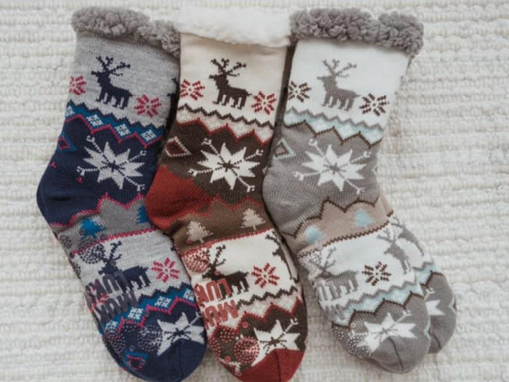 Muk Luks Moose Cabin Socks