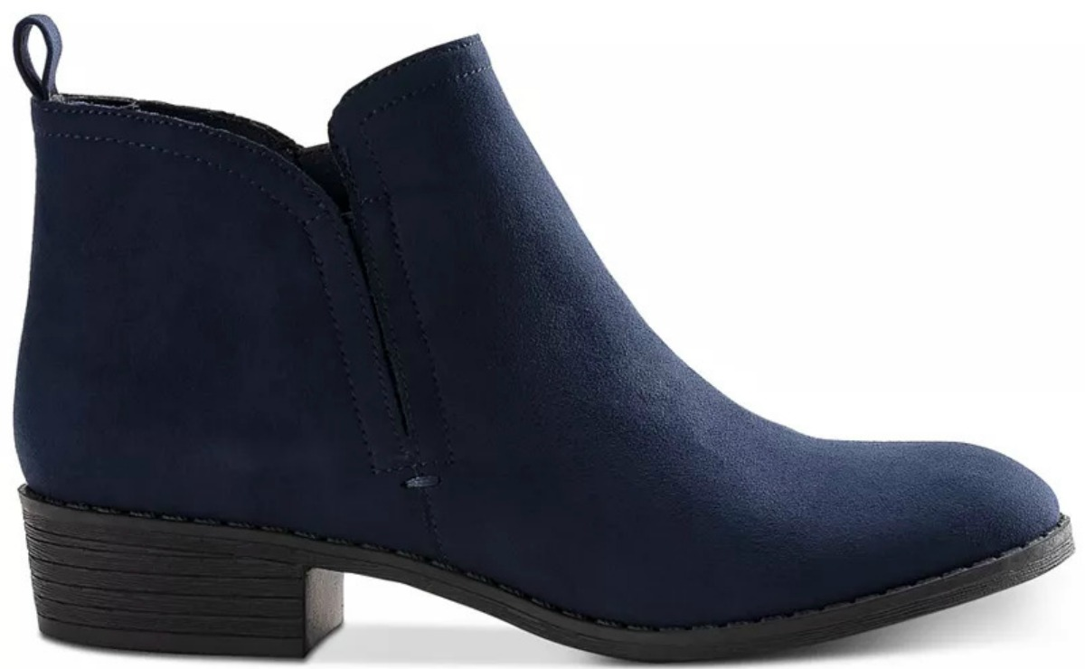 Women's Duck Boots Only $17.99 at Macy